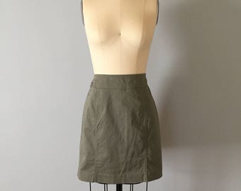 Geoffrey Beene Sport mini skirt || 90s denim moss green skirt