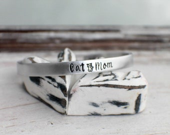 Cat Mom Cuff Bracelet - Hand Stamped Cuff Bracelet - Cat Mom Bracelet - Cat Bracelet - Cat Mom Jewelry - Cat Mom Gift - Pet Lover Gift