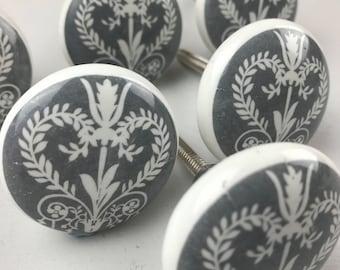 Set of 6 X Grey & White Victorian Vintage Style Ceramic Knobs