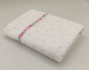 Flower-Swaddle-Receiving Blanket-Pink-White-Flower-Baby Blanket-Layette Set