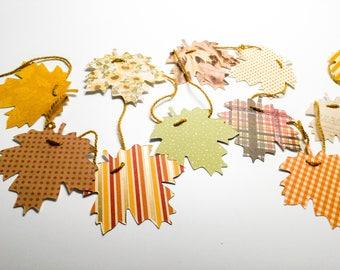 Handmade Maple leaf Garland - Thanksgiving decoration, 6 ft adjustable garland, fall leaf garland, autumn garland, paper leaves- Wcards