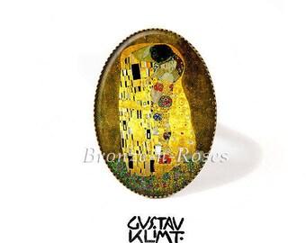 "Ring ""The Kiss"" painting Gustav Klimt art yellow brown retro glass cabochon"