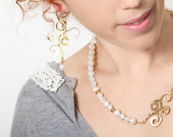 Gift jewelry set, ,Gemstone Necklace Earring Set, Bridal Earrings and necklace set, Hammered Gold and Pearl, Handmade, Romantic Gift Ideas