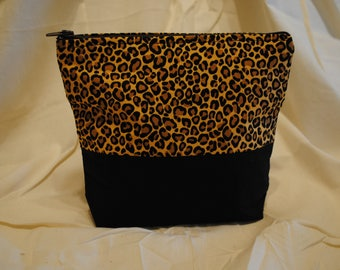 Two Tone Makeup Bag - Leopard Print
