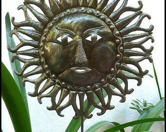 Garden Plant Stake, Sun, Garden Decor, Haitian Metal Art, Metal Plant Stick, Garden Plant Stake, Metal Yard Art, Outdoor Garden Art, PS1776