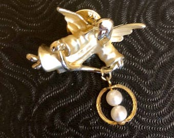 Vintage Gigi Giusti Angel Lapel Pin