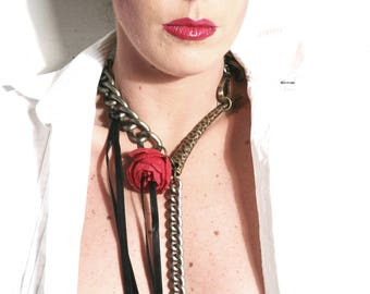 Floral Choker Collar - Chain Choker w. Red Flower & Long Leash - Claw Long Necklace - Victorian Steampunk Chain Lariat - LIES