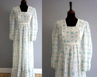 Late 1960s - Early 1970s Floral Prarie Maxi Dress / Vintage Maxi Dress