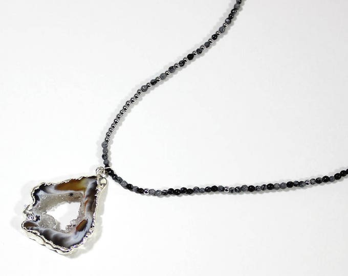 Gray Obsidian with an agate necklace