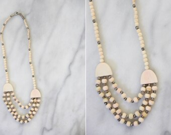 Vintage 1970's Faded Peach Beaded Statement Necklace // Light Pink and Brass Beaded Bib Necklace