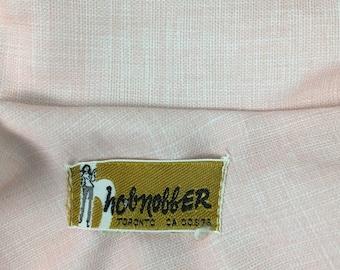 Vintage 1960s/1970s Hobnobber pink button up short sleeve blouse