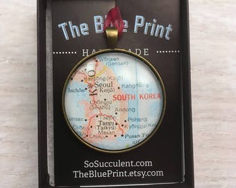 KOREA Map Christmas Ornament,  Keep a memory Alive / HONEYMOON Gift / Wedding Map Gift / Travel Tree Ornament / Corporate gift