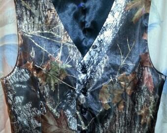 Mossy Oak® New Break Up Satin Vest For Men