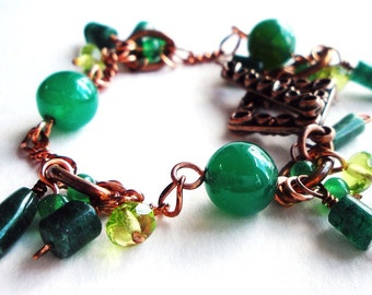 Green Stone and Copper Chain Handmade Charm Bracelet