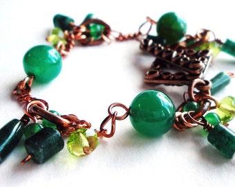 Vert Pierre et chaîne de cuivre fait main breloque