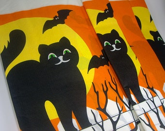 Halloween Black Cat Paper Table Cover, Full Moon, Bats, Tablecloth, Black, Yellow and Orange, 1983