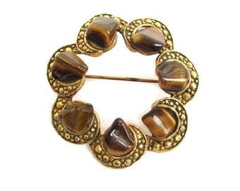Vintage Gold Tone  Tiger Eye Polished Nugget  Wreath Brooch  Pin