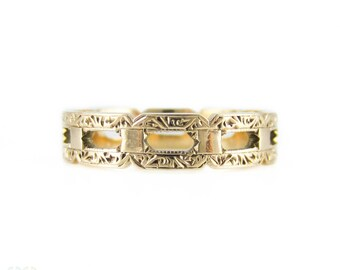 Vintage 9ct Gold Wedding Ring, Wide Engraved Pierced Wedding Band. Circa 1950s, Size O / 7.25.
