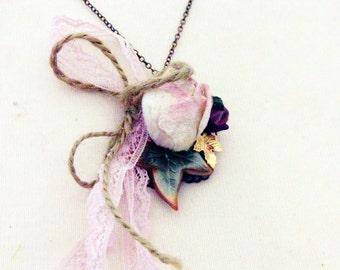 Necklace 'ELINOR DASHWOOD' Mixed Media Necklace, Jane Austen, Flowers, Roses, Blossoms