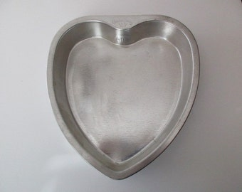 Vintage BAKE KING aluminum heart shaped Cake Pan