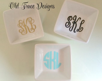 Small Monogrammed Ring Dish, Ring Holder, Jewelry Holder