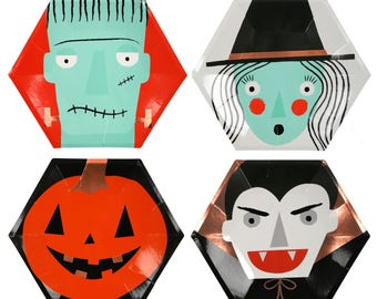 Halloween Party Plates / Halloween Plates / Halloween Party / Halloween Decor / Witch / Pumpkin /Dracula / Frankenstein