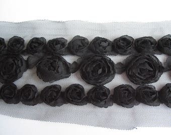 Lace pattern with black tulle roses embossed black-ref B3