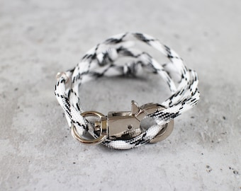 Cord Tiga - black & white bnw paracord cord wrap bracelet with silver metal clasp, unisex, adjustable size, limited edition