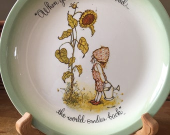 "Holly Hobbie Collectors Plate ""When You Smile At The World... The World Smiles Back."""