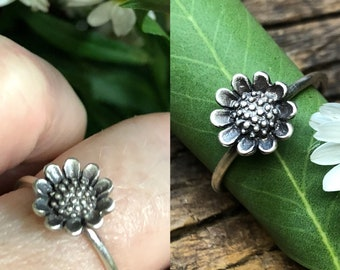 Sunflower Stacking Ring - Made To Order In Your Size