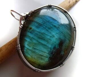 Pendant with labradorite, 35 mm, unique, pendant labradorite blue-wire wrapped solid sterling silver Blue