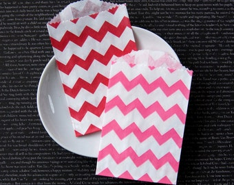 """20 Small Valentine Treat Bags in Red & Hot Pink Chevron . 2.75"""" x 4"""""""