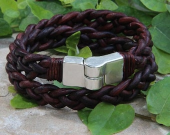 Daisy - 4 strant Double Wrap Leather bracelet - silver clasp