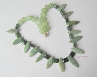 Aventurine, Jade and Zoesite necklace