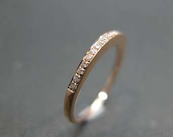 Pave Set Thin Band Wedding Engagement Band Diamond Hammered Hammer Matt Finished Satin Rings Women Jewelry Fine Jewellery in 14K Rose Gold