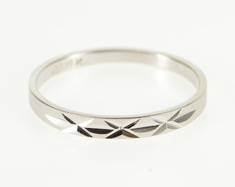 14K Textured Grooved X Pattern Graduated Band Ring Size 6.5 White Gold