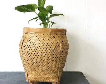 woven bamboo basket - ginger jar basket with feet - rattan planter - Asian boho style