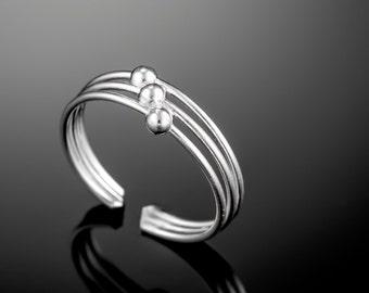 Sterling silver toe ring. midi ring. toe ring silver. silver toe ring. adjustable toe ring. silver midi ring. knuckle ring. silver open ring