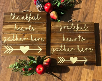 """THANKFUL or GRATEFUL 10"""" Square Wood Pallet Sign Hostess Christmas Gift"""