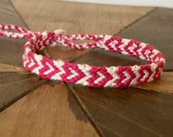 Woven Friendship Bracelets. Pink and White. Frienship Bracelets. Frienship Ankle Bracelets. Summer Bracelets. Heart Pattern Bracelet.