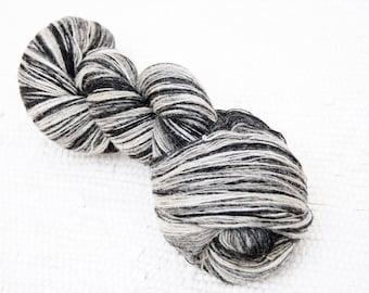 KAUNI Wool Yarn 8/1, 1 ply Lace Weight Black and White, Mega-Yardage