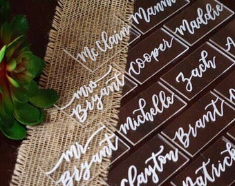 Clear rectangle placecards | handwritten acrylic escort cards