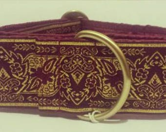 "Wine & Gold Crest 2"" Martingale Collar"