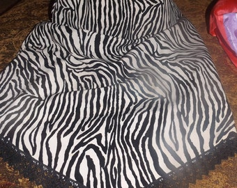 SALE Vintage Zebra Animal Print Skirt Slip Small