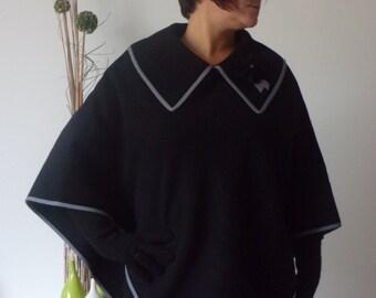 Poncho woolen.