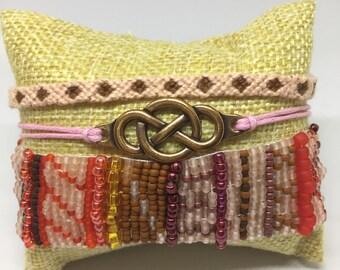 Beaded macrame multilayered bracelet