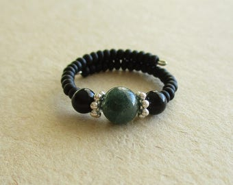 Moss agate onyx gemstone memory wire beaded ring