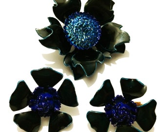Vintage 60's Navy Blue Flower Brooch & Clip-On Earrings Set