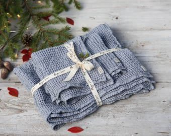 Set of 3 linen towels, light gray waffle linen towels. Big, middle and small towels set. Christmas gift set.