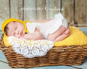 Newborn knitted yellow mini blanket. Newborn photo props. Newborn prop blanket. Photo prop blanket
